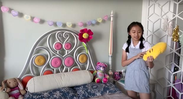 Giải mã sức hút từ loạt vlog triệu view quá là sến của cô bạn Việt 15 tuổi học trường quốc tế, có nhà bên Mỹ - Ảnh 11.