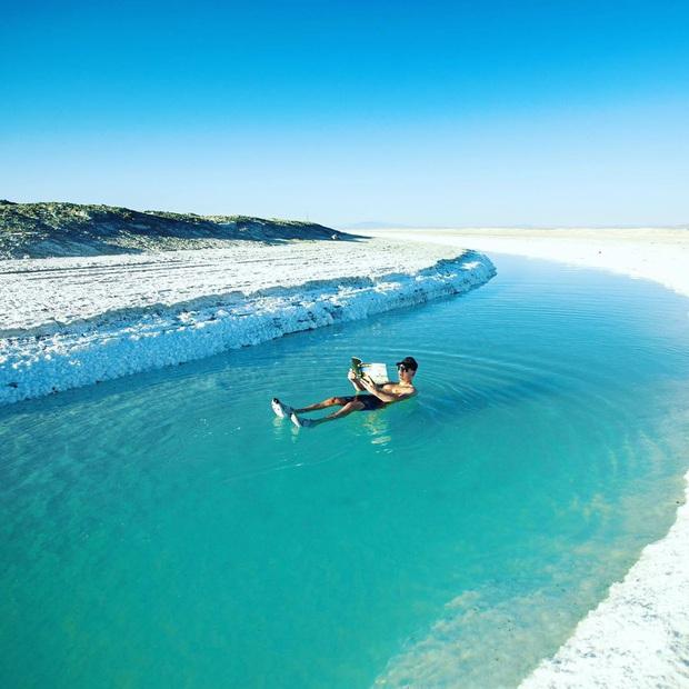 """Địa điểm nơi Vũ Khắc Tiệp """"mượn ảnh"""" để đăng lên Instagram: Hồ muối """"ảo diệu"""" nhất nước Mỹ, khách du lịch check-in nườm nượp - Ảnh 12."""