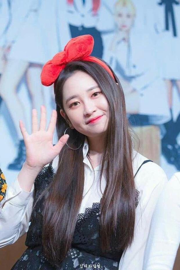 """Những thành viên đột ngột rời nhóm: Nghi ngờ 2 nam idol bị JYP """"đuổi thẳng cổ"""" vì phạm luật, trường hợp của Jessica (SNSD) bao năm vẫn gây tranh cãi - Ảnh 7."""