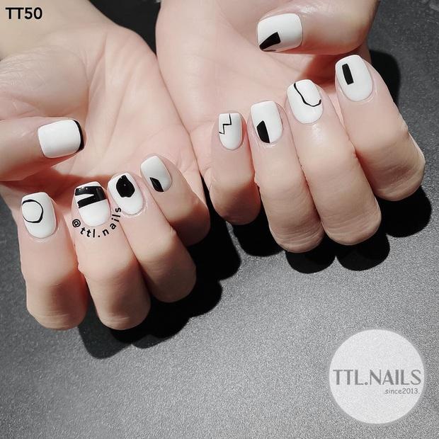 Loạt mẫu nail của Lisa quá xịn, dự là sẽ thành hot trend, các tiệm nail sắp copy rần rần - Ảnh 10.