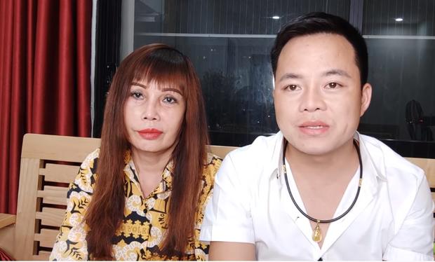 Chồng trẻ của cô dâu 62 tuổi lên tiếng về những đoạn clip đong đưa, facetime với cô gái khác nhờ sinh hộ con - Ảnh 1.