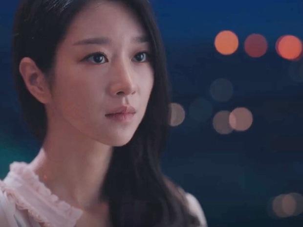 Bắt lỗi Seo Ye Ji trong Điên Thì Có Sao: Đi ngủ vẫn makeup, tô son kẻ mắt như đúng rồi, các nàng chớ dại học theo - Ảnh 6.