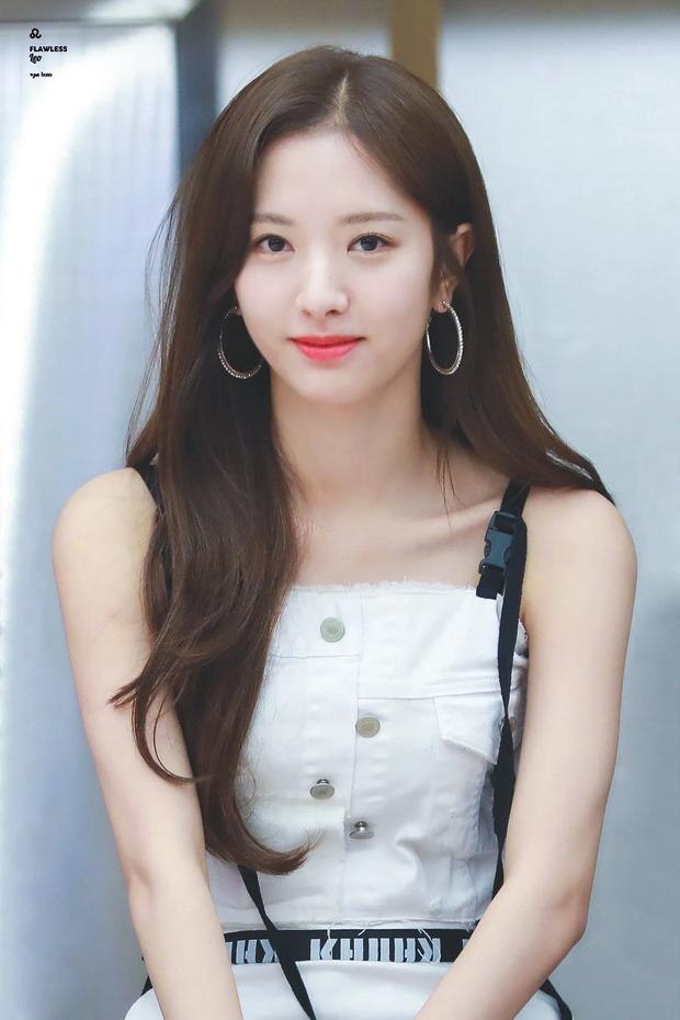5 nữ idol Kpop cùng mang tên Jiyeon: Toàn các đại diện nhan sắc, riêng biểu tượng đáng yêu dao kéo hỏng - Ảnh 9.