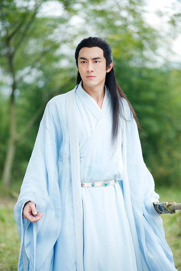 Hậu nằm nhà trị bệnh, Lâm Canh Tân tái xuất với ngoại hình khác lạ bên Ngô Cẩn Ngôn ở phim mới - Ảnh 5.