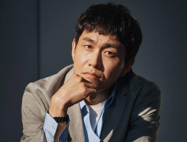 Anh trai Kim Soo Hyun trong Điên Thì Có Sao ngoài đời mắc bệnh mù hiếm, chỉ 2% dân số thế giới gặp phải - Ảnh 5.