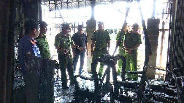 Bắt nghi phạm phóng hỏa đốt nhà khiến 3 người bị thương ở An Giang - Ảnh 1.