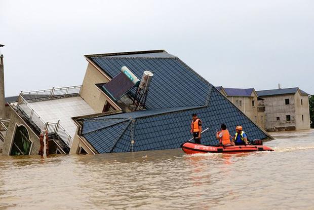Mưa lũ nghiêm trọng tại Trung Quốc: 141 người thiệt mạng hoặc mất tích - Ảnh 1.