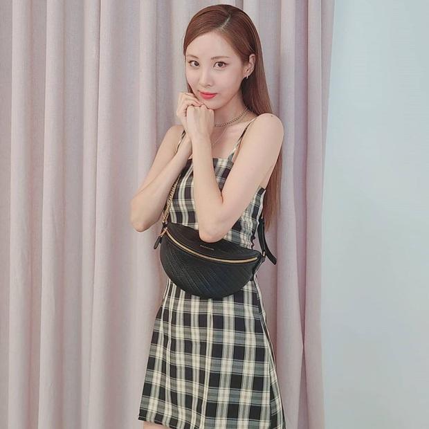Diện váy ca rô như Seohyun vừa trẻ xinh lại vừa cá tính, các nàng không cần phối đồ cao tay vẫn yên tâm chuẩn đẹp - Ảnh 3.