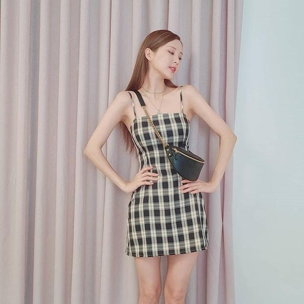 Diện váy ca rô như Seohyun vừa trẻ xinh lại vừa cá tính, các nàng không cần phối đồ cao tay vẫn yên tâm chuẩn đẹp - Ảnh 2.