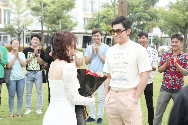 Châu Đăng Khoa mời cả 1 dàn cameo toàn cây hài Vbiz, nhưng không ai ngờ MV còn xuất hiện cả Orange, Song Joong Ki lẫn Song Hye Kyo? - Ảnh 6.