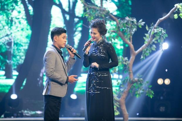 Tiểu Giao Linh xuất sắc đăng quang Quán quân Ca sĩ thần tượng mùa 3 - Ảnh 6.