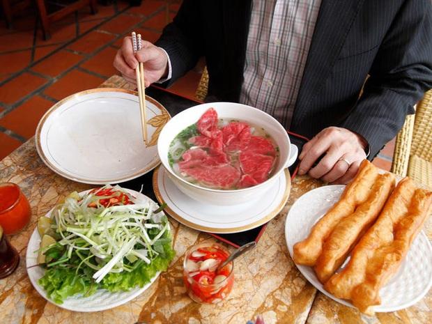11 món mì nổi tiếng nhất của từng quốc gia, phở Việt Nam cũng góp mặt đầy tự hào trong danh sách - Ảnh 9.