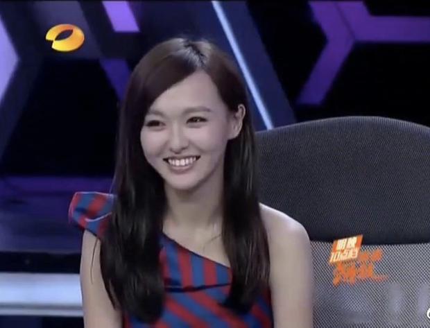 Nhan sắc mỹ nhân Cbiz lần đầu lên Happy Camp: Dương Mịch - Triệu Lệ Dĩnh khác xa bây giờ, tiếc nuối nhất là Trịnh Sảng - Ảnh 7.