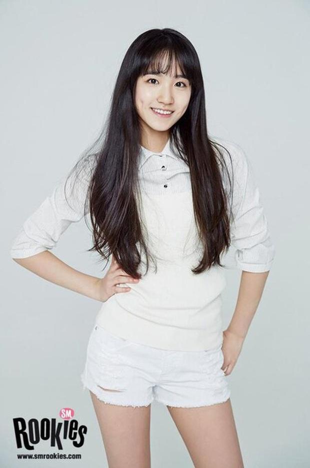 """Số phận thành viên """"hụt"""" của nhóm nữ mới nhà SM: Bản sao của Krystal về Trung vẫn trượt debut, thực tập sinh lâu năm nhất giờ là """"gà"""" Big Hit? - Ảnh 2."""