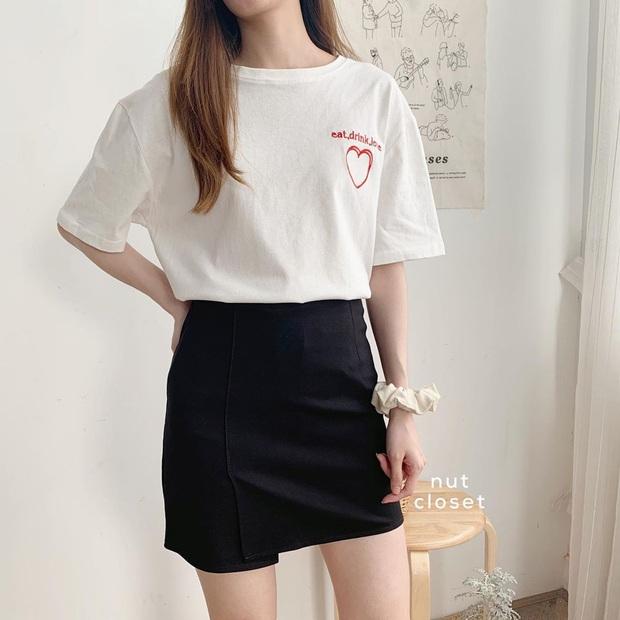 8 kiểu áo đơn giản nhưng cực xinh được sao Hàn diện liên tục, nàng nào bắt chước thì vừa tôn dáng vừa lên hạng style - Ảnh 2.