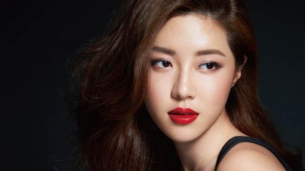 Nóng nhất Naver sáng nay: Nữ diễn viên Park Han Byul hé lộ cuộc sống khác hẳn sau khi chồng nhận tội trong bê bối Burning Sun - Ảnh 2.