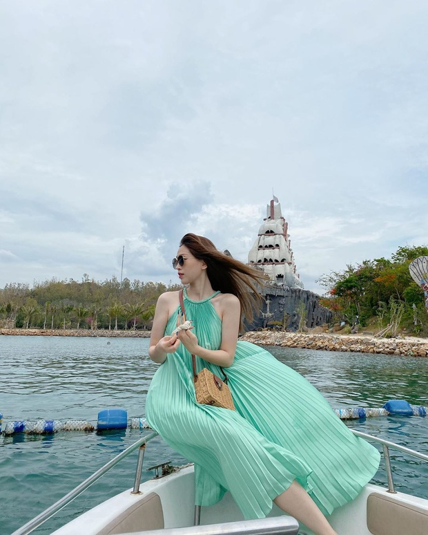 Khiến Tóc Tiên, Mai Phương Thuý… đắm đuối, váy xếp ly chính là item hot hit chị em cần hóng ngay  - Ảnh 5.