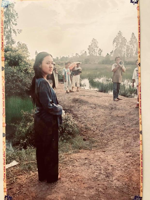 BTV Hoài Anh chụp ảnh với diễn viên Lý Hùng thời chân mày lá liễu, tóc ép thẳng nhưng ô kìa chị không già đi chút nào - Ảnh 4.