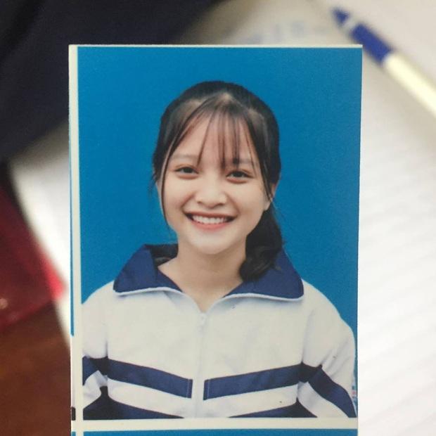 Loạt ảnh đời thường của gái xinh hot nhất mùa kỷ yếu xứ Nghệ, cười một cái là gây say nắng trên diện rộng - Ảnh 6.