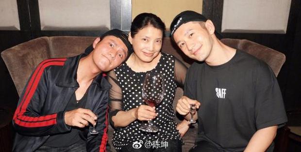 3 hội anh em quyền lực nhất làng phim Hoa ngữ: Vung tiền bao rạp ủng hộ nhau, bỏ nghề cả năm chăm bạn diễn - Ảnh 11.