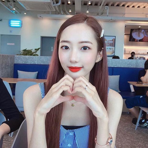 Nữ idol bị bắt nạt đến mức nhảy sông Hàn hé lộ: Thành viên tự quay clip sex, ép xem để tra tấn tinh thần - Ảnh 2.