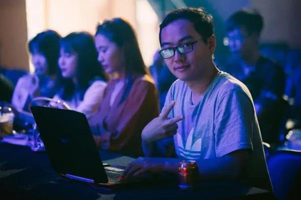 Nhìn lại profile cựu giám đốc Team Flash Phương Top - Cái tên lắm tài, nhiều tật của làng eSport Việt - Ảnh 3.