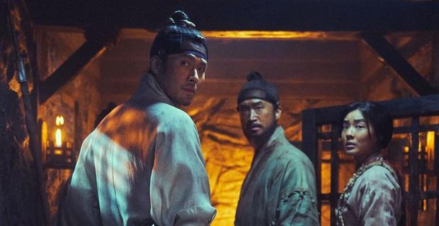 Cày 5 phim zombie Hàn để sẵn sàng tinh thần đu Peninsula: Hot nhất vẫn là tiền truyện bom tấn Train To Busan - Ảnh 3.