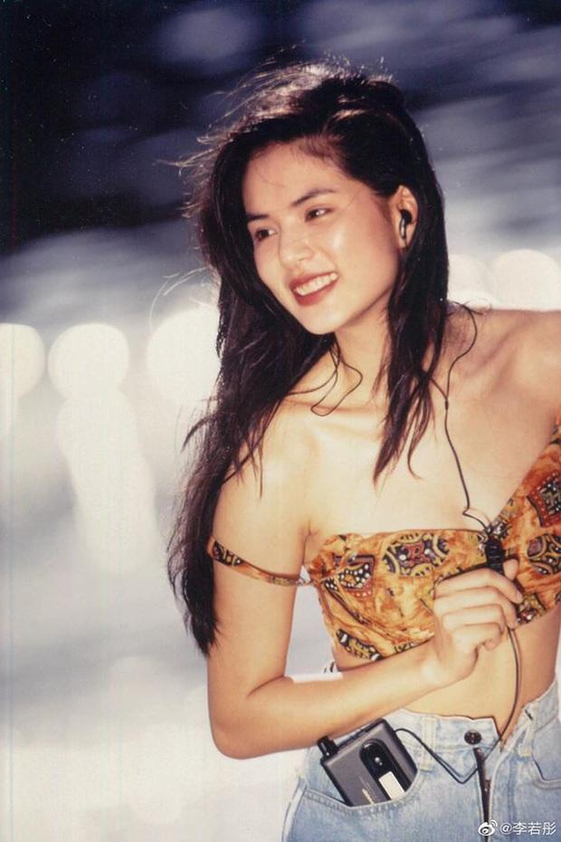 Khoe ảnh 30 năm trước, Tiểu Long Nữ Lý Nhược Đồng gây bão Weibo với nhan sắc cực phẩm, body kém gì idol đâu? - Ảnh 4.