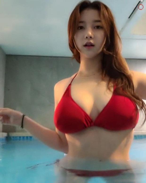 Bị fan nghi ngờ về việc hack cheat vòng một, nữ streamer xinh đẹp livestream luôn cảnh vào bệnh viện chứng thực ngực tự nhiên - Ảnh 8.