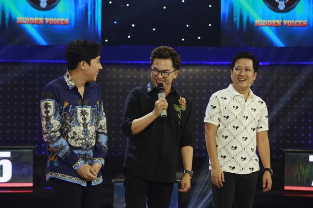 Trấn Thành khoe nhẫn kim cương được Hari Won tặng trên truyền hình, nhưng sự thật ai cũng ngã ngửa - Ảnh 3.
