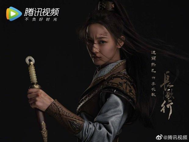 Phận nữ phụ nhưng Triệu Lộ Tư lại vượt mặt chủ nhà Địch Lệ Nhiệt Ba ở Trường Ca Hành - Ảnh 1.