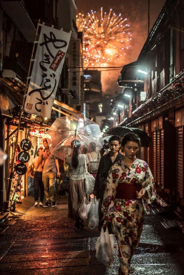 Cùng ngắm loạt hình ảnh đẹp nhất về đa dạng văn hóa, đại diện Việt Nam nổi bật với trâu đồng lúa nước quá đỗi thân thuộc - Ảnh 5.