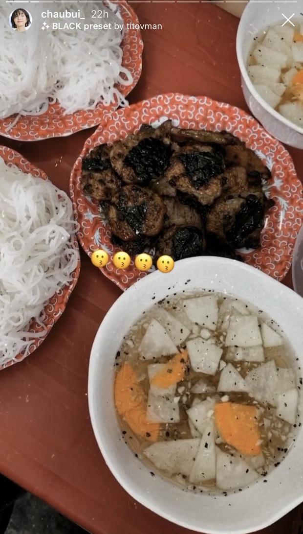 Châu Bùi về nhà mà chẳng khác nào đi du lịch: hết đi ăn món ngon rồi lại tung tăng đi chơi khắp Hà Nội - Ảnh 3.