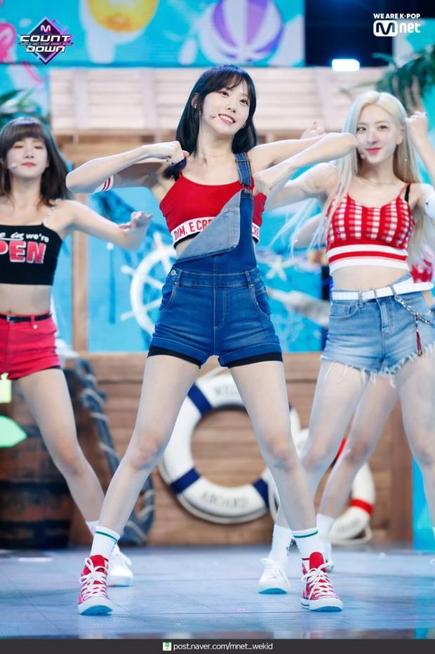 Netizen choáng trước top tường thành Kpop về tỉ lệ body: Ngỡ Lisa đỉnh nhất, nào ngờ còn mỹ nhân hack dáng siêu ảo - Ảnh 6.