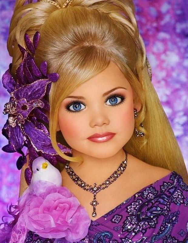 Hoa hậu nhí nước Mỹ bị chín ép một thời: Tiêm botox và ăn kiêng mỗi ngày, sau 9 năm từ nhan sắc đến cuộc sống đều gây bất ngờ - Ảnh 2.