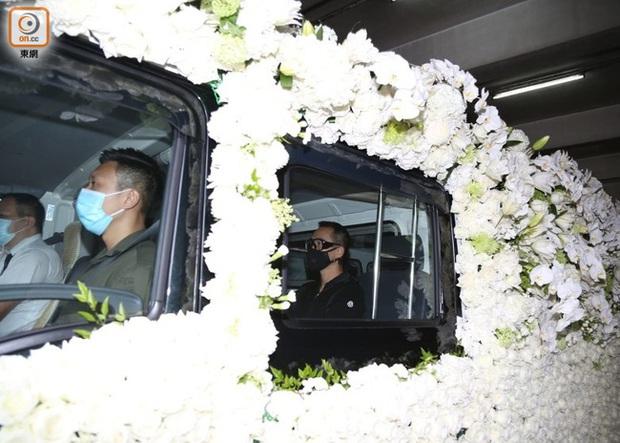 Hình ảnh linh cữu Vua sòng bài Macau được chuyển đến nghĩa trang lưu giữ tạm thời, ngày tốt năm sau mới chính thức chôn cất - Ảnh 3.