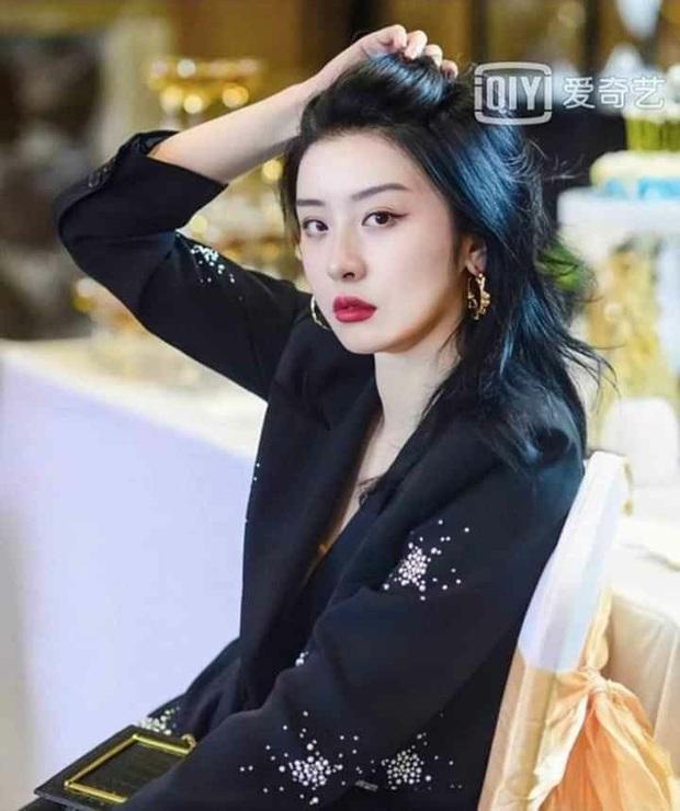Mật báo Cbiz: Lisa tự tung tin đồn tình ái với Thái Từ Khôn, nữ diễn viên quyết làm tiểu tam nhưng bị tài tử phũ, mách vợ - Ảnh 5.