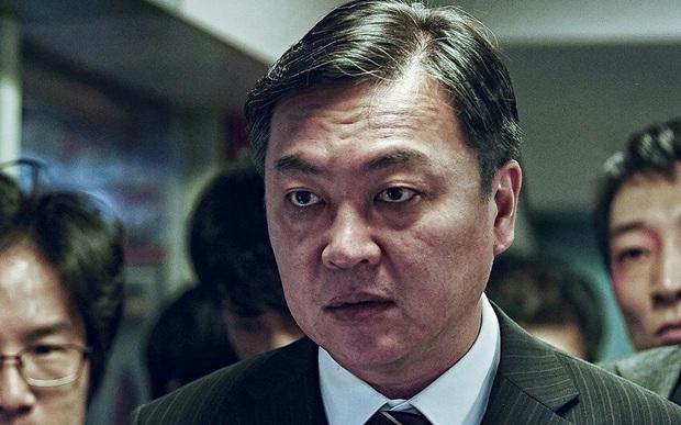 So kè 3 trùm phản diện ở vũ trụ Train To Busan: Đại ca biến thái Peninsula vẫn kém xa giám đốc hèn hạ năm nào - Ảnh 1.