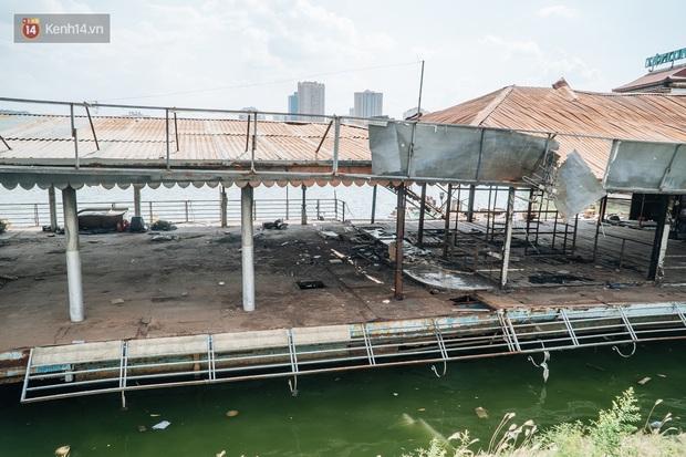 Ảnh: Cận cảnh nghĩa địa du thuyền từng một thời sầm uất ở Hồ Tây - Ảnh 6.