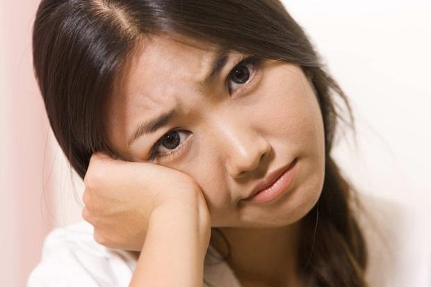 Gan bị tổn thương sẽ thông báo cho bạn biết nhờ vào 4 tình trạng khác lạ xuất hiện trên da - Ảnh 2.