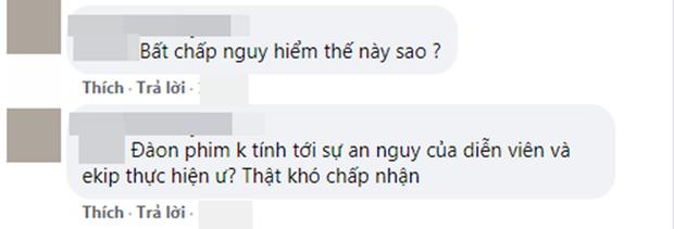 Cười ra nước mắt vì nụ hôn sáng tạo sau nón chắn dịch ở phim Ấn Độ mùa giãn cách - Ảnh 10.