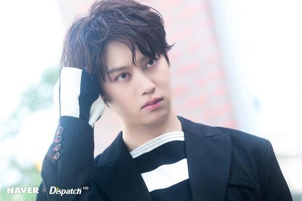 5 idol đình đám suýt bị công ty đuổi khi còn là thực tập sinh: Jimin (BTS) - Lay (EXO) đáng thương bao nhiêu Heechul bá đạo bấy nhiêu - Ảnh 4.