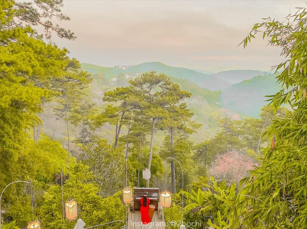 Không chỉ có Thung lũng Tình yêu hay Hồ Than thở, Đà Lạt còn sở hữu những quán cafe đẹp - độc - lạ, nhất định phải ghé thăm!  - Ảnh 4.