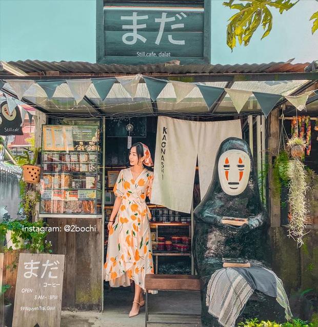 Không chỉ có Thung lũng Tình yêu hay Hồ Than thở, Đà Lạt còn sở hữu những quán cafe đẹp - độc - lạ, nhất định phải ghé thăm!  - Ảnh 5.