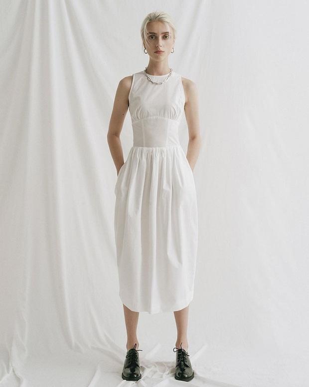 Chỉ cần bỏ ra từ 300k, bạn đã sắm được một em váy trắng diện hè vừa mát vừa xinh không cần chỉnh - Ảnh 19.