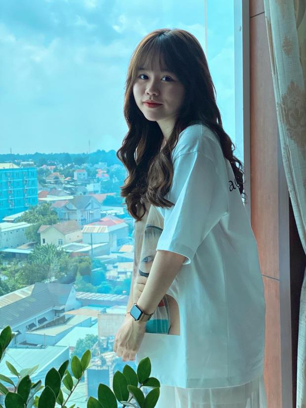 Huỳnh Anh đáp trả anti-fan về nghi vấn dao kéo: Mình thích thì làm đẹp cho mình thôi, nhưng phải qua 25 tuổi mới đi phẫu thuật thẩm mỹ - Ảnh 1.