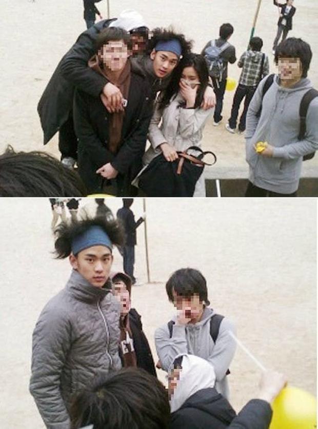 Không thể tin nổi loạt ảnh quá khứ dữ dội của Kim Soo Hyun: Cụ giáo điển trai chị đẹp Seo Ye Ji mê đây ư? - Ảnh 3.