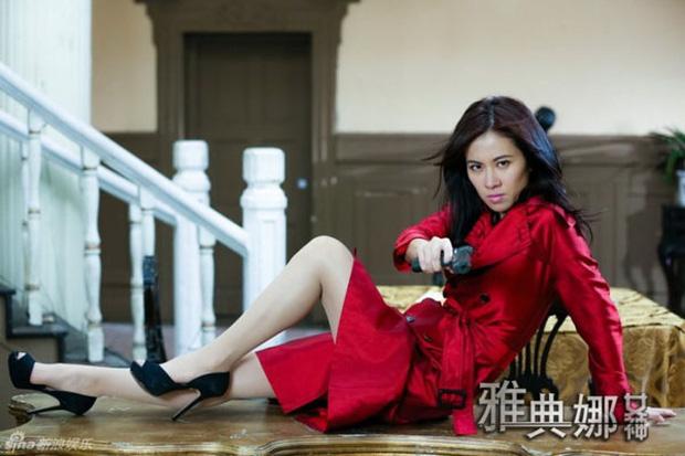 9 mỹ nhân hóa sát thủ siêu ngầu trên phim Trung: Chương Tử Di khí chất ngời ngời, Lưu Diệc Phi hứng trọn gạch đá - Ảnh 6.