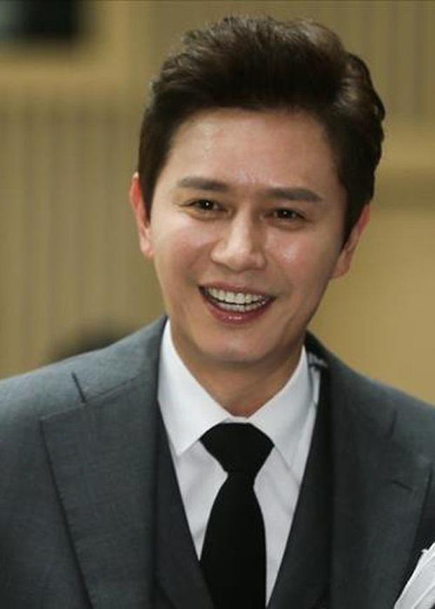 Người tình quyền lực của dàn Hoa hậu Hàn: Sao ngực khủng hốt cả Ji Chang Wook - G-Dragon, mỹ nhân Gia đình là số 1 quá thảm - Ảnh 22.
