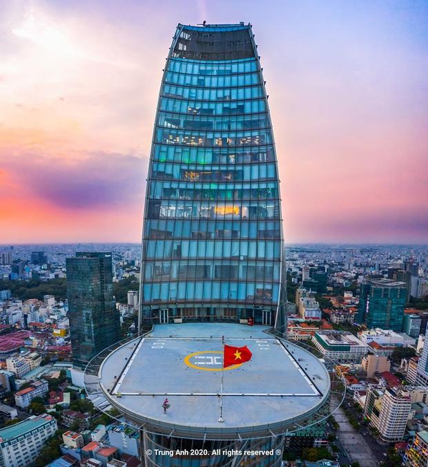Khoảnh khắc 2 toà tháp cao nhất Sài Gòn vô tình lọt chung khung hình khiến dân mạng thảng thốt: Đẹp như cảnh trong phim Hollywood vậy! - Ảnh 6.